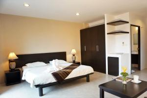 Chaofa West Suites, Apartmány  Chalong  - big - 17