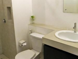 Chaofa West Suites, Apartmány  Chalong  - big - 22