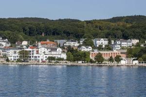 Villa Martha _Ferien_Appartements, Ferienwohnungen  Sassnitz - big - 32