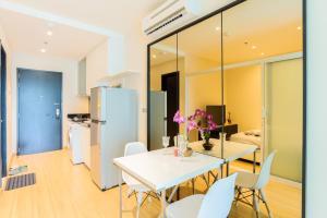 Sky walk condominium, Apartments  Bangkok - big - 44