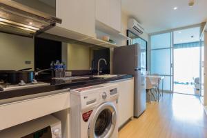 Sky walk condominium, Apartments  Bangkok - big - 51