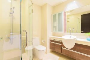 Sky walk condominium, Apartments  Bangkok - big - 54