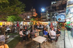 Sky walk condominium, Apartments  Bangkok - big - 63