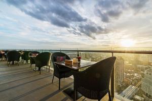 Sky walk condominium, Apartments  Bangkok - big - 19