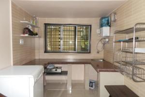 2 BHK Apartment in Salt Lake, Kolkata, by GuestHouser (D8F3), Апартаменты  Калькутта - big - 11