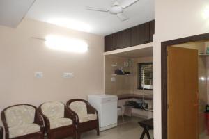 2 BHK Apartment in Salt Lake, Kolkata, by GuestHouser (D8F3), Апартаменты  Калькутта - big - 4