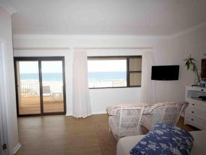Pokój Dwuosobowy typu Deluxe z 1 lub 2 łóżkami i widokiem na morze