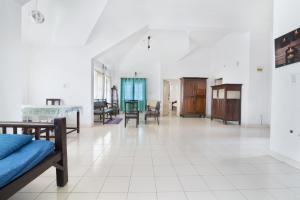 1 BHK Apartment in Mathias Tower, Chikkamagaluru, by GuestHouser (D5F7), Apartmány  Chikmagalūr - big - 1