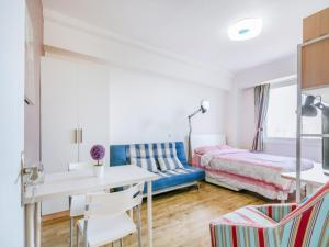 Two Bedroom Apartment near Financial Street