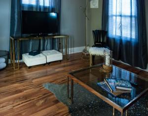 Hamilton House Indy, Отели типа «постель и завтрак»  Индианаполис - big - 32