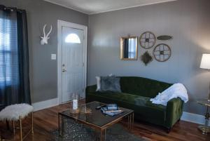 Hamilton House Indy, Отели типа «постель и завтрак»  Индианаполис - big - 16