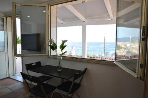 Domina Fluctuum - Penthouse in Salerno Amalfi Coast, Apartments  Salerno - big - 50