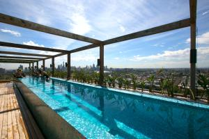 Complete Host Yarra House Apartments