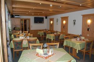 Gasthof Pension Lumme, Affittacamere  Winterberg - big - 3