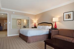 Hilton Niagara Falls/ Fallsview Hotel and Suites