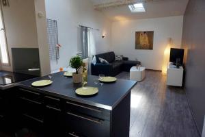 T2 Saint-Anne - Air Rental, Appartamenti  Montpellier - big - 11