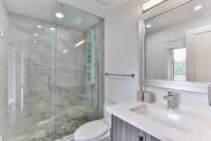 QuickStay - Classy 5bdrm House in Vaughan, Holiday homes  Toronto - big - 39