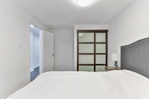 QuickStay - Classy 5bdrm House in Vaughan, Case vacanze  Toronto - big - 42