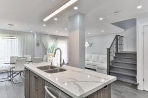 QuickStay - Classy 5bdrm House in Vaughan, Holiday homes  Toronto - big - 44