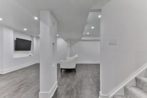 QuickStay - Classy 5bdrm House in Vaughan, Prázdninové domy  Toronto - big - 46
