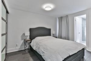 QuickStay - Classy 5bdrm House in Vaughan, Prázdninové domy  Toronto - big - 48