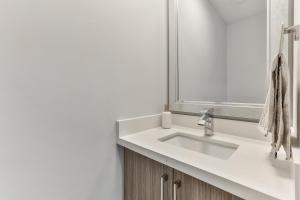 QuickStay - Classy 5bdrm House in Vaughan, Holiday homes  Toronto - big - 51