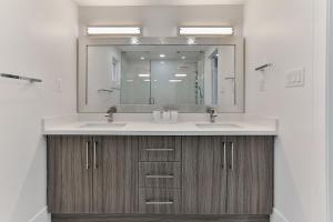 QuickStay - Classy 5bdrm House in Vaughan, Case vacanze  Toronto - big - 52