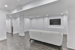 QuickStay - Classy 5bdrm House in Vaughan, Prázdninové domy  Toronto - big - 59