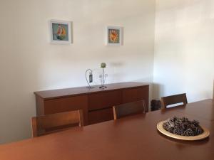 Villa Rominha III - Nazaré, Apartmanok  Nazaré - big - 5
