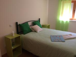 Villa Rominha III - Nazaré, Apartmanok  Nazaré - big - 9