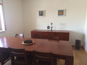 Villa Rominha III - Nazaré, Apartmanok  Nazaré - big - 20