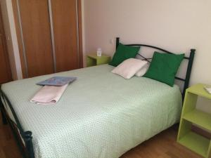 Villa Rominha III - Nazaré, Apartmanok  Nazaré - big - 22