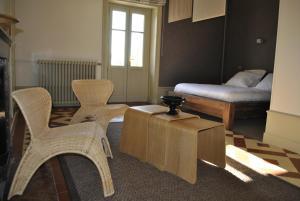 Château de Bellevue B&B, Bed & Breakfast  Villié-Morgon - big - 3