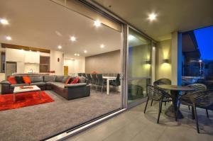 Luxury on the Lake, Apartmanok  Queenstown - big - 23