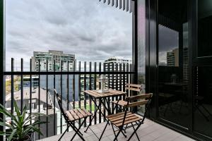 COMPLETE HOST St Kilda Rd Apartments, Апартаменты  Мельбурн - big - 7