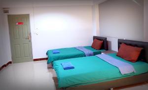 Standaard Tweepersoonskamer met 2 Aparte Bedden