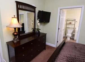 Tidewater 1203 Condo, Apartmány  Panama City Beach - big - 5