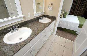 Grand Panama 103 B2 Condo, Apartments  Panama City Beach - big - 19