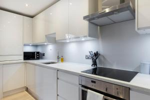 2 Bedroom Apartment in Hampstead.  Foto 10