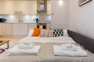 2 Bedroom Apartment in Hampstead.  Foto 14