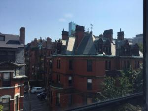 14 Gloucester St #4A by Lyon Apartments, Apartmány  Boston - big - 4