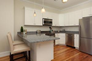 14 Gloucester St #4A by Lyon Apartments, Apartmány  Boston - big - 11