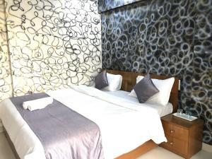 Executive Highrise - 2 Bhk Services Apartment, Apartmány  Bombaj - big - 15
