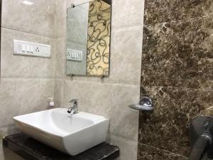 Executive Highrise - 2 Bhk Services Apartment, Apartmány  Bombaj - big - 16