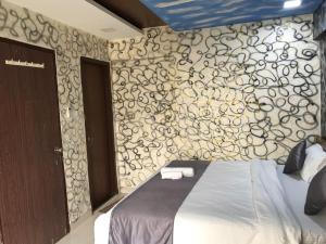 Executive Highrise - 2 Bhk Services Apartment, Apartmány  Bombaj - big - 18