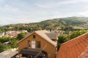 Guest House Faris, Pensionen  Travnik - big - 37