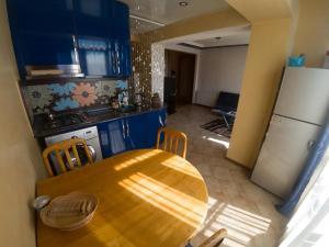 Apartment on 26 May 10/12, Apartments  Batumi - big - 46