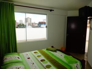 Backpacker Bar&Suites, Hostely  Santa Cruz de la Sierra - big - 52