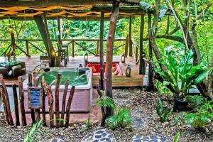 Canaima Chill House, Hotel  Santa Teresa Beach - big - 31