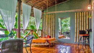 Canaima Chill House, Hotel  Santa Teresa Beach - big - 11